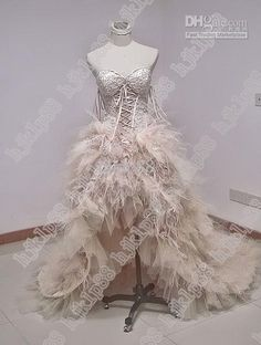 Sweetheart Strapless Fall Fur Gown Ostrich feather Wedding Dress