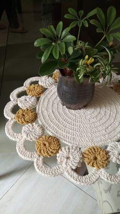 Wedding Processional, Chrochet, Crochet Crafts, Knitting, Jute Crafts, Handmade Crafts, Kitchen Playsets, Crochet House, Crochet Doilies