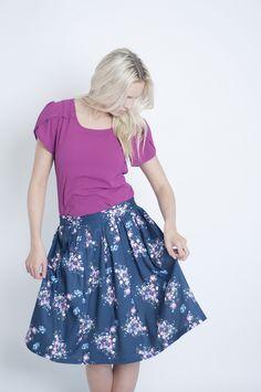 Mode Navy Floral Skirt