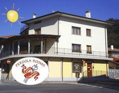 Piazza Domenico da Tolmezzo Four Square, Pergola, Broadway Shows, Rooms, Bedrooms, Outdoor Pergola