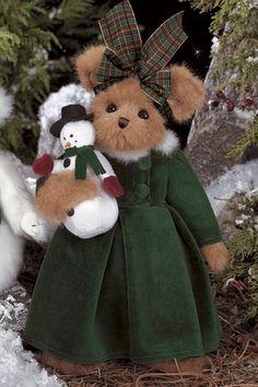 Crystal & Frosty Bearington Bear (Retired 2008)