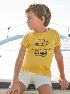 Cyrillus x Peanuts Collab avec Snoopy! Cyrillus x Peanuts Collab avec Snoopy! Inspiration For Kids, Style Inspiration, Snoopy Clothes, Le Polo, Boys And Girls Clothes, Collection Capsule, White Shorts, Kids Fashion, Girl Outfits