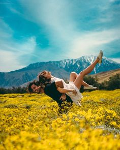 16 Travel Couples Share the Best Part about Travelling Together - obsessed with this post.