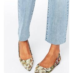 ASOS LOST Pointed Ballet Flats (28 AUD) ❤ liked on Polyvore featuring shoes, flats, multi, pointy-toe flats, ballet shoes, pointed flat shoes, floral ballet flats and pointed toe flats