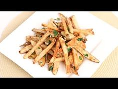 Best Oven Fries Recipe - Laura in the Kitchen - Internet Cooking Show Starring Laura Vitale ~~~It's not necessary to watch the video~~~~Recipe is below Crispy Oven Fries, Fries In The Oven, The Kitchen Episodes, New Recipes, Favorite Recipes, Delicious Recipes, Best Oven, Baked Avocado, Fries Recipe
