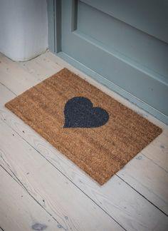 Bring some love to your home with a Heart Doormat from Garden Trading - Doormats - Ideas of Doormats Back Door Accessories, Diy Tapis, Coir Doormat, Blog Deco, House Entrance, Room Doors, Back Doors, Welcome Mats, Star Designs