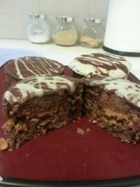 Tone It Up - Recipe Profile - Vegan Gluten Free Chocolate Peanut butter protein Cupcake