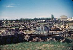 Трофейная немецкая и частично итальянская бронетехника, отбитая союзниками, 1944 год
