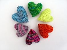 Valentine's Day Hearts free pattern, 3 sizes by Stacey Trock of FreshStitches {ravelry.com}