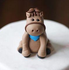Fondant Cake Topper - Whimsical Fondant Horse Pony Cake Topper by Les Pop Sweets on Gourmly Fondant Toppers, Fondant Cakes, Easy Cake Decorating, Cake Decorating Tutorials, Fondant Figures, Cupcakes, Cupcake Cakes, Fondant Horse Tutorial, Pony Cake