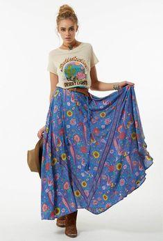 54 Ideas For Fashion Boho Fall Maxi Skirts Maxi Skirt Boho, Boho Dress, Maxi Skirt Fall, Maxi Skirts, Bohemian Dresses, Bohemian Mode, Bohemian Style, Hippie Style, Girl Style