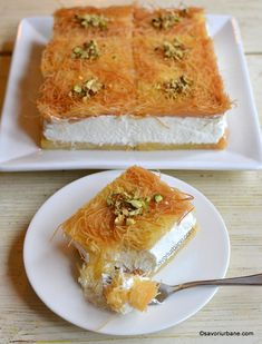 Cataif cu frișcă - rețeta de pe vremuri | Savori Urbane Romanian Desserts, Romanian Food, Sweets Recipes, Cake Recipes, Cooking Recipes, Jacque Pepin, Dessert Drinks, Food Cakes, Desert Recipes