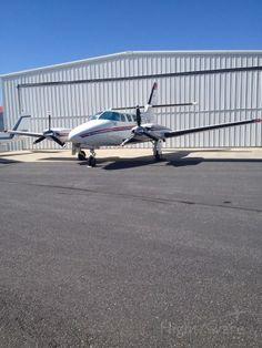 Cessna T303 Crusader (C-GIAS)