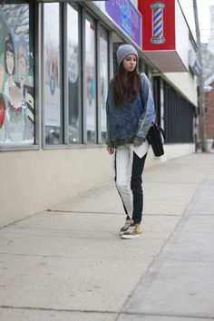 #zara #blackandwhitejeans #ragandbone #leopardsneakers #style #blogger #fashionblog #fashionroll