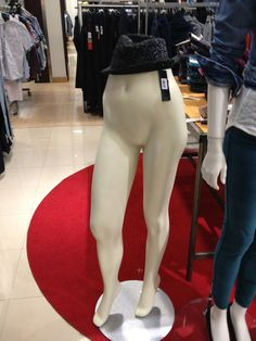 I'm sick of these models in stores setting impossible standards for women. - Imgur