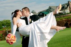 #wedding #bride #groom #photography #view #kiss #love #links #gettysburg #linksatgettysburg #gown #cassandrastorm #PA #www.cassandrastorm.com