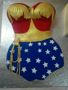 Wonder Woman Birthday Cake, Wonder Woman Cake, Wonder Woman Party, Birthday Woman, 40th Birthday, Pretty Cakes, Cute Cakes, Beautiful Cakes, Amazing Cakes