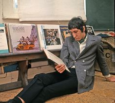 sadly ecstatic that their heroes are news | johnentwistle1975: Pete Townshend in his London...