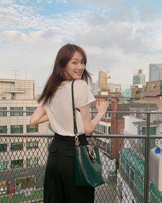 Korean Girl Photo, Cute Korean Girl, Asian Girl, Korean Actresses, Korean Actors, Lee Sung Kyung Wallpaper, Lee Sung Kyung Fashion, Weightlifting Fairy Kim Bok Joo Wallpapers, Lee Shin