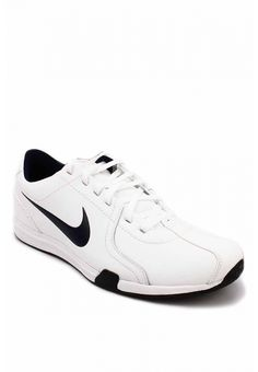 White Nike Circuit Trainer II - US Size d620ff780