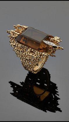 Unusual Jewelry, Stylish Jewelry, Luxury Jewelry, Gold Jewelry, Jewelry Rings, Jewelry Accessories, Fine Jewelry, Jewelry Design, Cluster Ring