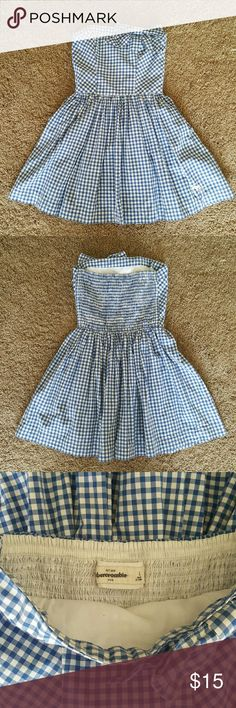 Abercrombie Kids Blue and White Strapless Dress Really cute Abercrombie Kids (Size Large) blue and white checkered dress. abercrombie kids Dresses Casual