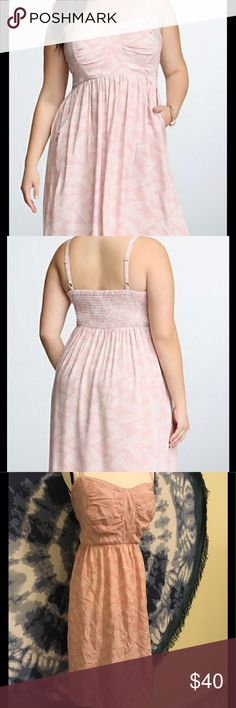 🌺🌸AMAZING🌸🌺Pink Pocket Dress by Torrid Sz. 3 Sexy and dainty this dress is perfect for summer! Pink feather print dress with pockets and adjustable spaghetti straps. Back is ruched elastcfor a roomier, more flattering fit. Torrid size 3 torrid Dresses