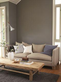 Un ambiente contemporáneo en el que priman la simplicidad y el confort. Color Jotun 3022