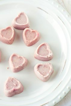 Strawberry Milkshake Fudge! A delicious Valentines Day treat that's easy to make and super healthy too!