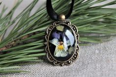 Pansy pressed flower herbarium necklace natural floral by Miodunka