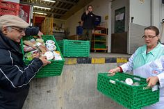 20 Jahre Göttinger Tafel: Auf Sammeltour mit den Lebensmittel-Fahrern