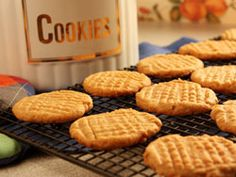 Soft Peanut Butter Cookies - no flour needed