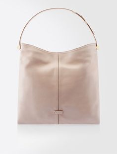 Max Mara FELTRO powder: Leather shoulder bag. Find your outfit on the Official Max Mara Website and discover all that is new in ready-to-wear.