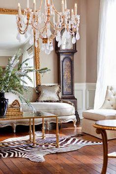 Klasik tasarımlarda zebra post halı kullanımı