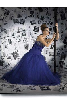 STAR « Fotostudio Chris Zenz Star Wars, Formal Dresses, Fashion, Photo Studio, Long Dress Formal, People, Dresses For Formal, Moda, Formal Gowns