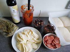 Pizzateig & Pizzaiola   Grundrezept für Pizza Mozzarella, Neapolitanische Pizza, Pizzeria, Cabbage, Dairy, Bread, Cheese, Vegetables, Food