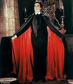Dracula actors list - Christopher Lee, The King of the Dracula movies: Horror of… Dracula Actor, Bram Stoker's Dracula, Count Dracula, Hammer Horror Films, Hammer Films, Horror Movies, Classic Monster Movies, Classic Monsters, Classic Movies