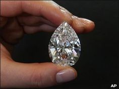 NEW YORK (AP) - A 72.22-carat diamond, so large it could fill a tablespoon, is expected to bring up to $13 million when it goes on auction next month.