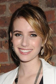 Emma Roberts Hair