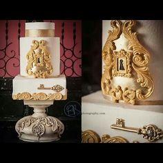 Mishelle Handy Cakes! Like her on Facebook!  I love the lock and key.  Loooooove.