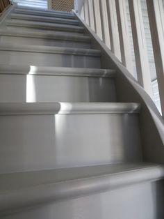 Mias gamla hus: huhtikuuta 2016 Neutral, Stairs, Homes, Home Decor, Stairway, Houses, Decoration Home, Room Decor, Staircases