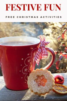 15 Festive Things to Do for FREE this Christmas Christmas Date, Free Christmas Gifts, Christmas Crafts For Kids To Make, Christmas Activities For Kids, Christmas Gift Guide, Craft Activities For Kids, Holiday Fun, Holiday Crafts, Modern Christmas