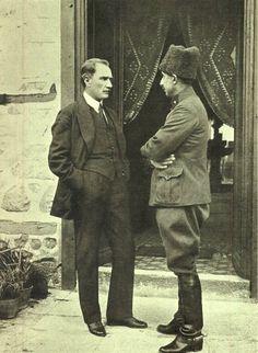 Atatürk ve Inönü