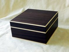 astuccio in legno bicolore