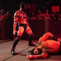 """WWE United Kingdom no Instagram: """"A Demon appeared...and @romanreigns did not see it coming 👹 Is this a sign of what's to come? Find out as a Title is put on the line…"""" Finn Balor, Tribal Chief, Wrestling Stars, Wwe Roman Reigns, Deadpool, Things To Come, Superhero, Instagram, Fictional Characters"""