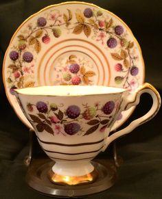 Plato y taza de té de Zarza de oro vintage Royal Stafford Set