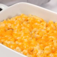 After years of searching (and making more boxed mac than I care to admit), I finally found the creamiest mac and cheese recipe around. Amish Recipes, Southern Recipes, New Recipes, Dinner Recipes, Cooking Recipes, Baked Mac And Cheese Recipe, Creamy Macaroni And Cheese, Macaroni Cheese Recipes, Homemade Pasta