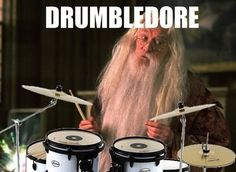 Check out the dumbest and most hilarious puns about Harry Potter, Snape, Dumbledore, and MORE in this funny Smosh photo gallery! Band Puns, Band Nerd, Band Memes, Band Quotes, Movie Quotes, Music Jokes, Music Humor, Funny Music, Harry Potter Puns