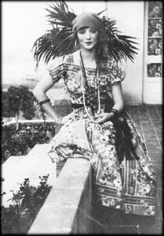 Anais Nin as gypsy
