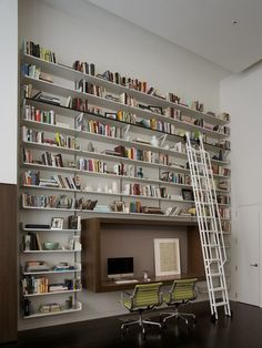 littledallilasbookshelf: Who says heaven is not on the earth; for a book lovers like me its right here :))